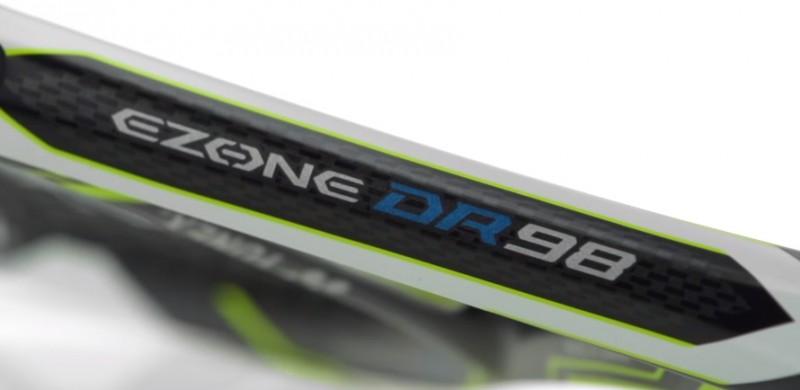Yonex EZONE DR side