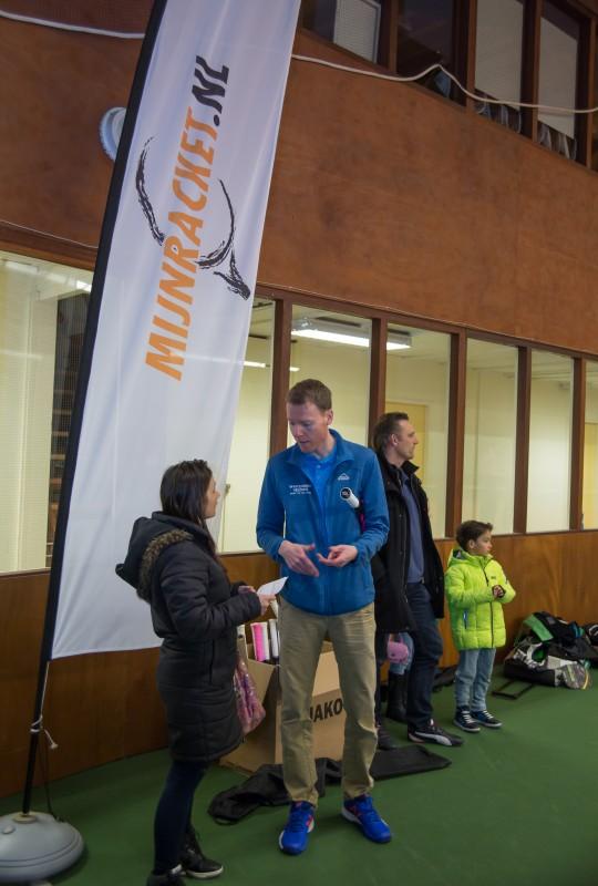 2016-03-20 intersport racket test-199470